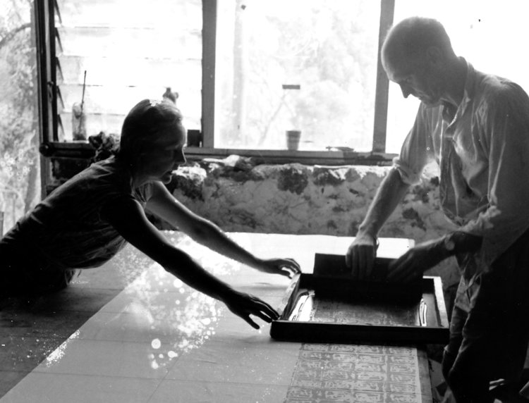 Detail of a photo of Helen and Guy Grey-Smith working on her fabric printing. Courtesy of Richard Woldendorp.